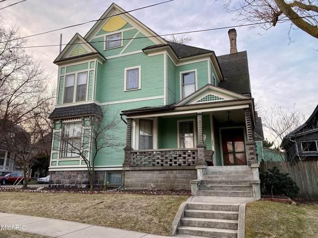 326 Cherry Street SE, Grand Rapids, MI 49503 (MLS #21005222) :: Ginger Baxter Group