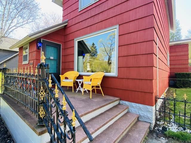 365 3rd Street, Manistee, MI 49660 (MLS #21007564) :: Deb Stevenson Group - Greenridge Realty