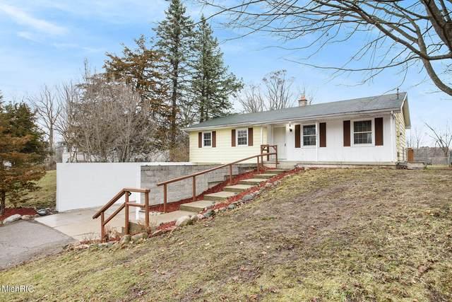1360 Spaulding Avenue SE, Grand Rapids, MI 49546 (MLS #21009350) :: Ginger Baxter Group