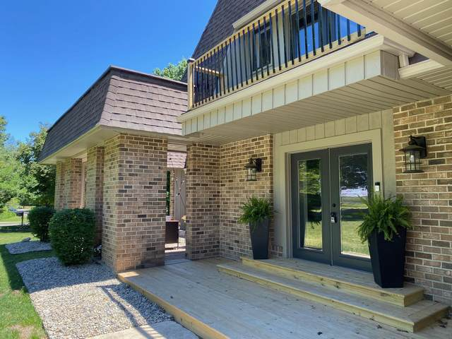 61565 Raintree Boulevard, Sturgis, MI 49091 (MLS #21013177) :: Ginger Baxter Group