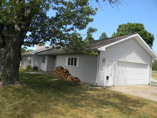 8852 N Quarterline Road, Free Soil, MI 49411 (MLS #21023784) :: Deb Stevenson Group - Greenridge Realty
