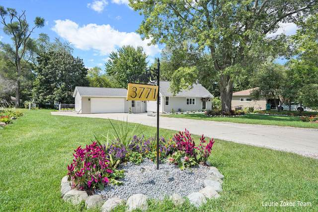 3771 Stuyvesant Avenue NE, Grand Rapids, MI 49525 (MLS #21102919) :: CENTURY 21 C. Howard