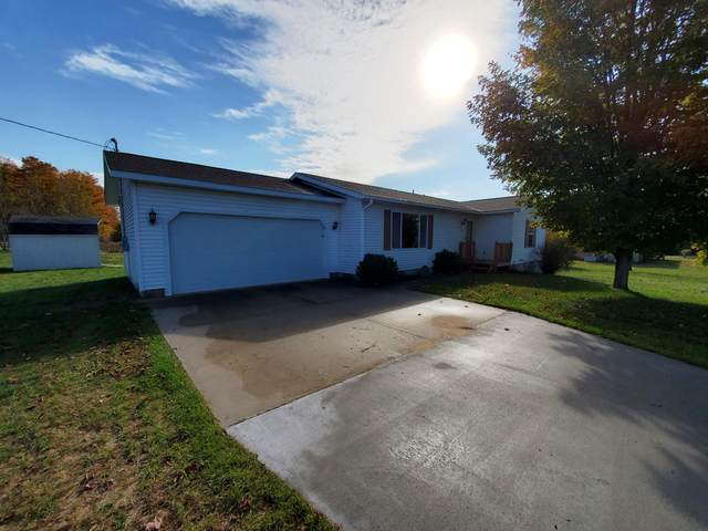 859 S 35 Road, Cadillac, MI 49601 (MLS #21110653) :: Sold by Stevo Team | @Home Realty