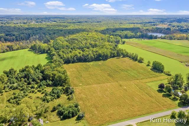 14680 Wabasis Avenue NE C, Cedar Springs, MI 49319 (MLS #21110808) :: Sold by Stevo Team | @Home Realty