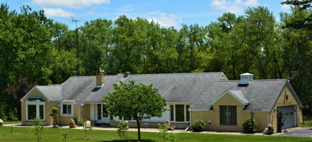 15700 E Augusta Drive, Augusta, MI 49012 (MLS #18024924) :: Matt Mulder Home Selling Team