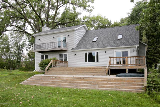 10888 S Pickerel Lake Drive, Scotts, MI 49088 (MLS #18037340) :: Deb Stevenson Group - Greenridge Realty