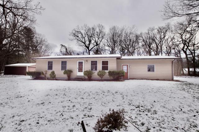 15081 Groesbeck Street, Grand Haven, MI 49417 (MLS #19001010) :: Matt Mulder Home Selling Team
