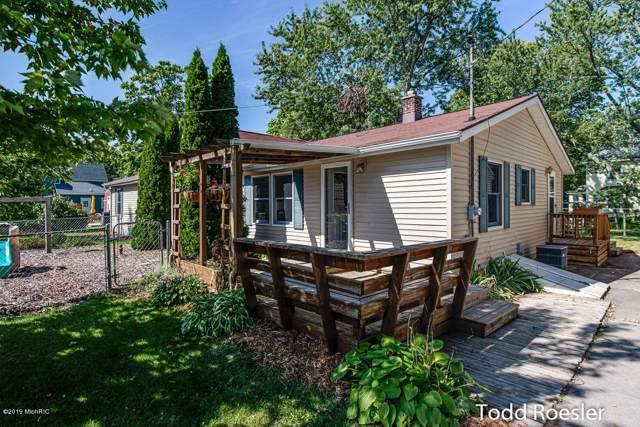 148 Front Street, Clarksville, MI 48815 (MLS #19046381) :: Deb Stevenson Group - Greenridge Realty
