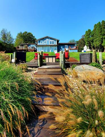 16093 Harbor Point Drive, Spring Lake, MI 49456 (MLS #20034621) :: JH Realty Partners