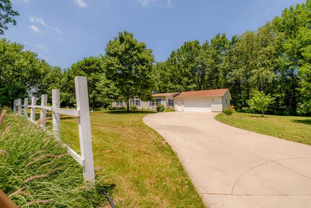8780 Cornelia Road, Baroda, MI 49101 (MLS #21021451) :: Deb Stevenson Group - Greenridge Realty