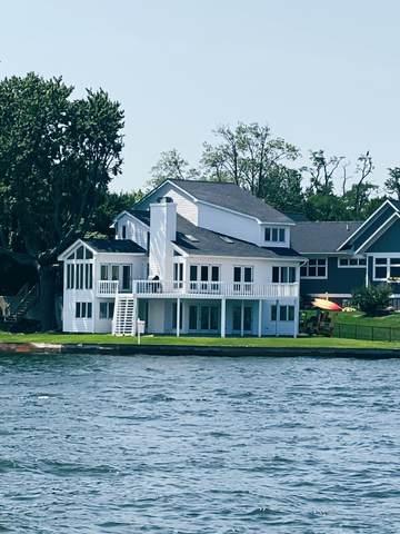 315 Barber Street, Spring Lake, MI 49456 (MLS #21025187) :: BlueWest Properties
