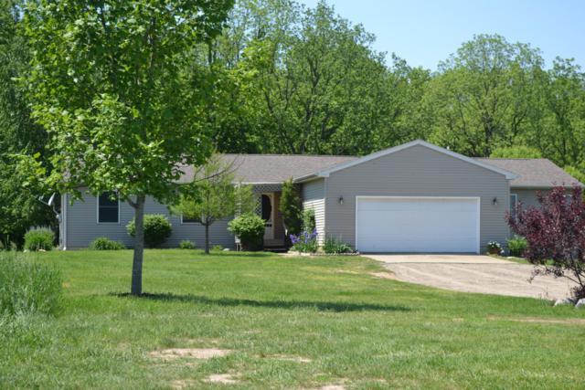 7196 Connie, Olivet, MI 49076 (MLS #18011300) :: Matt Mulder Home Selling Team
