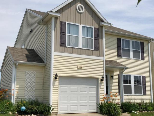 1304 Gardner Pond Lane, Vicksburg, MI 49097 (MLS #18028502) :: Carlson Realtors & Development