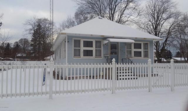 946 Jennings Avenue, Benton Harbor, MI 49022 (MLS #19001263) :: Deb Stevenson Group - Greenridge Realty