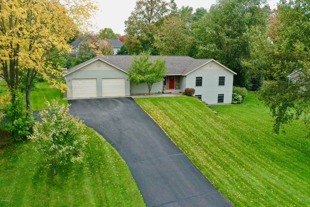 210 Cinnamon Lane, Traverse City, MI 49696 (MLS #19042226) :: JH Realty Partners