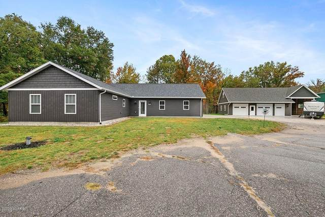 17760 W Howard City Edmore Rd, Howard City, MI 49329 (MLS #20037543) :: Keller Williams RiverTown