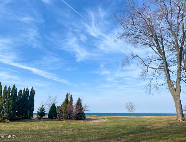 3119 Scenic Drive, Muskegon, MI 49445 (MLS #20046827) :: Your Kzoo Agents