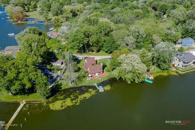 16950 Cecelia Lane, Spring Lake, MI 49456 (MLS #20011883) :: Ginger Baxter Group