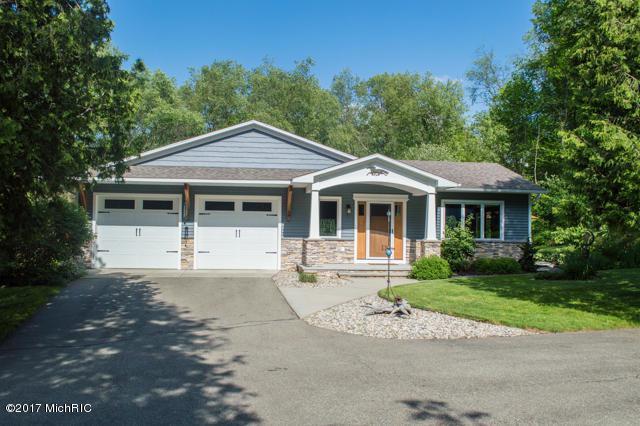 10830 N 43rd Street, Richland, MI 49083 (MLS #17029550) :: Matt Mulder Home Selling Team