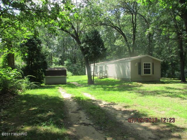 29193 Dennis Sweet Drive, Lawton, MI 49065 (MLS #17040221) :: Matt Mulder Home Selling Team
