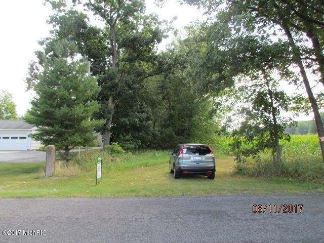 10313 S 27 Street, Vicksburg, MI 49097 (MLS #17041498) :: Matt Mulder Home Selling Team