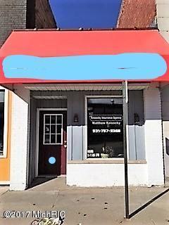 106 S Main Street, Scottville, MI 49454 (MLS #17046630) :: Deb Stevenson Group - Greenridge Realty