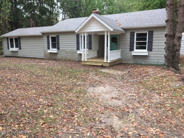 8547 N 40th Street, Augusta, MI 49012 (MLS #17051902) :: Matt Mulder Home Selling Team