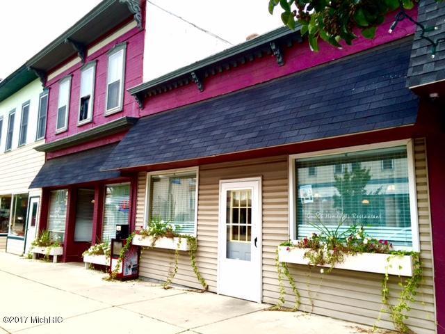 1027 Fourth Avenue, Lake Odessa, MI 48849 (MLS #17055605) :: Deb Stevenson Group - Greenridge Realty
