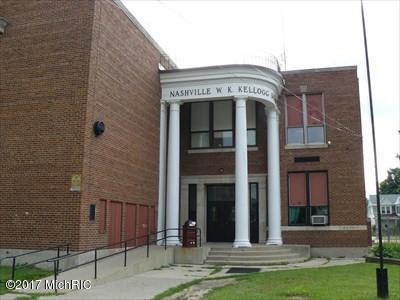 324 N Queen Street #52, Nashville, MI 49073 (MLS #17056101) :: Deb Stevenson Group - Greenridge Realty