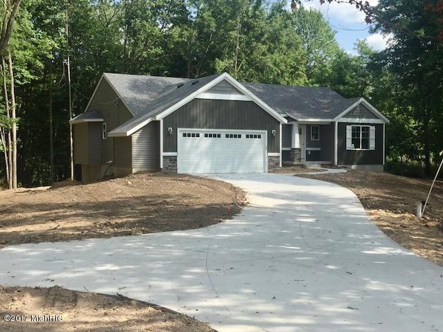 Lot 18 N River Hills Drive, Newaygo, MI 49337 (MLS #17056426) :: Carlson Realtors & Development
