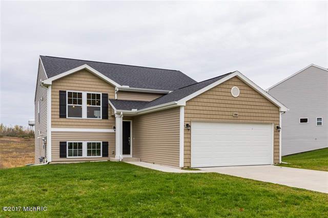 554 Oak Meadow Drive, Middleville, MI 49333 (MLS #17056861) :: Deb Stevenson Group - Greenridge Realty