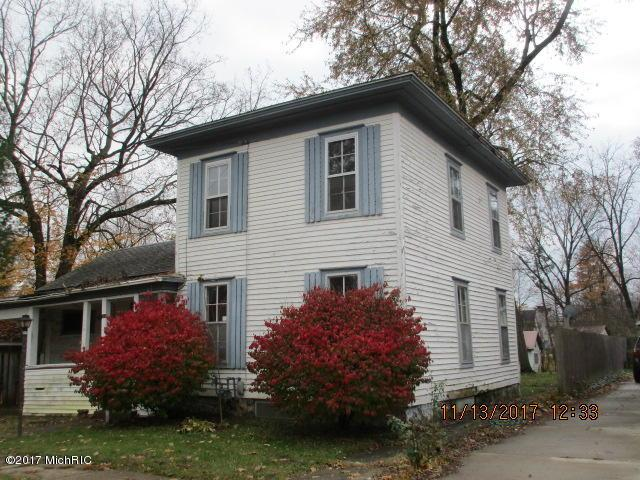 118 E Franklin Street, Otsego, MI 49078 (MLS #17057391) :: Matt Mulder Home Selling Team