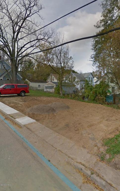 136 Dixie Avenue, Kalamazoo, MI 49001 (MLS #17060117) :: Carlson Realtors & Development
