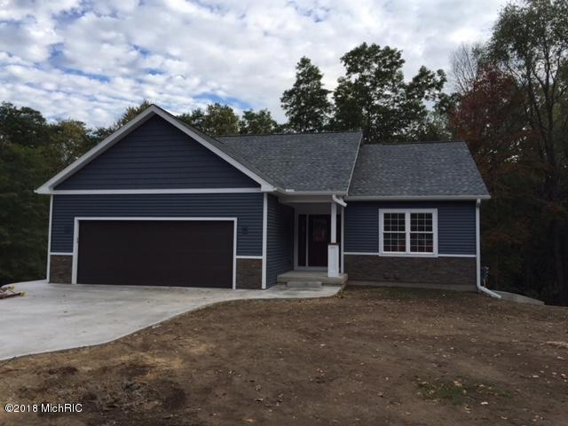 173 Summit Drive, Allegan, MI 49010 (MLS #18002153) :: Carlson Realtors & Development