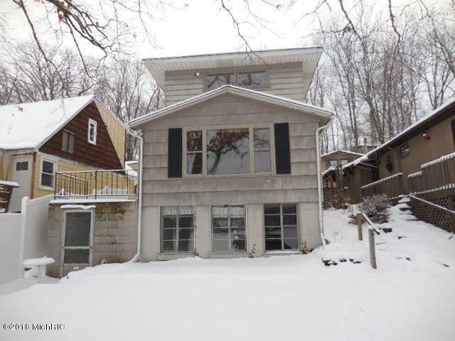 9 Labelle Drive, Richland, MI 49083 (MLS #18004575) :: Matt Mulder Home Selling Team