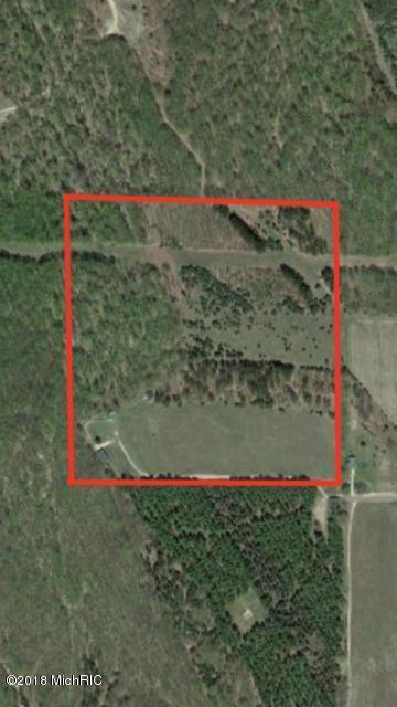 4750 Dickinson Rd, Central Lake, MI 49622 (MLS #18005493) :: Carlson Realtors & Development