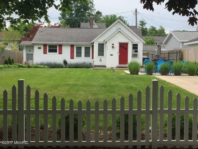 310 Van Buren, South Haven, MI 49090 (MLS #18005873) :: Carlson Realtors & Development