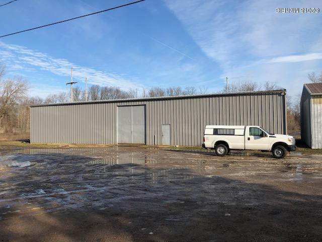 1060 River W, Battle Creek, MI 49037 (MLS #18005994) :: Matt Mulder Home Selling Team