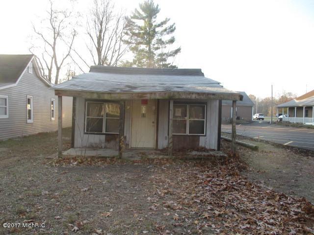 413 Russell Street, Allegan, MI 49010 (MLS #18010022) :: JH Realty Partners