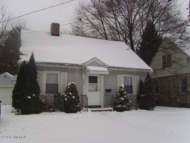 3024 Lowell Street, Kalamazoo, MI 49001 (MLS #18010173) :: Carlson Realtors & Development