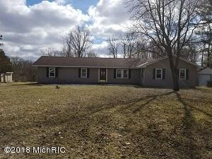 3898 W Glendora, Three Oaks, MI 49128 (MLS #18012431) :: Carlson Realtors & Development
