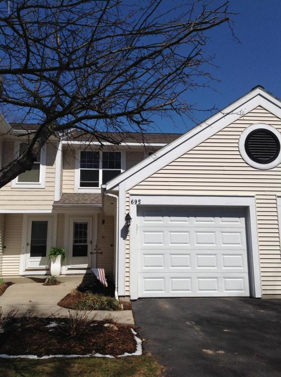 695 Sun Chase Drive #30, Holland, MI 49424 (MLS #18015676) :: JH Realty Partners