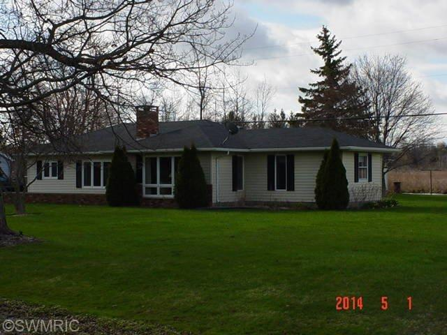 3141 Hudson Road, Hillsdale, MI 49242 (MLS #18016571) :: 42 North Realty Group