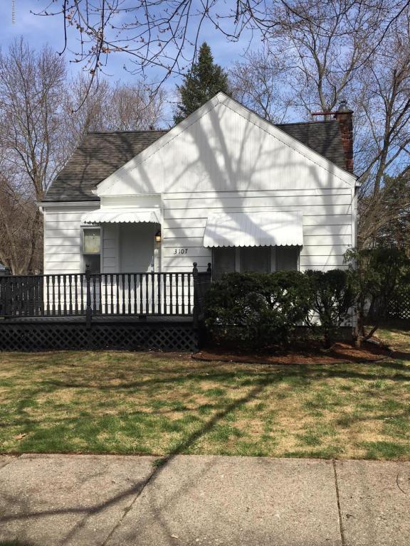 3107 Palmer Street, Lansing, MI 48910 (MLS #18017353) :: Carlson Realtors & Development