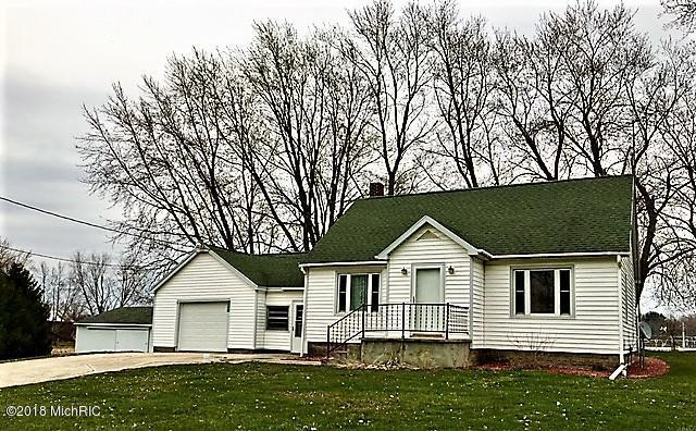12991 Cleveland Avenue, Buchanan, MI 49107 (MLS #18017369) :: Carlson Realtors & Development