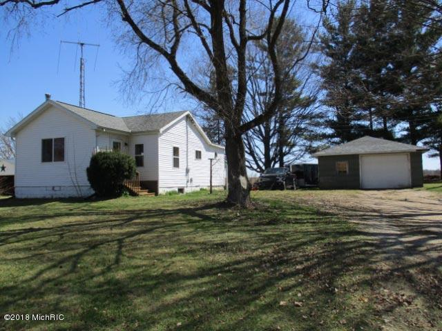 7640 M-66, East Leroy, MI 49051 (MLS #18017867) :: Deb Stevenson Group - Greenridge Realty