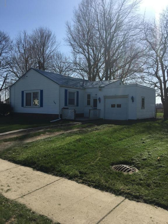 704 S Main Street, Reading, MI 49274 (MLS #18018398) :: Deb Stevenson Group - Greenridge Realty