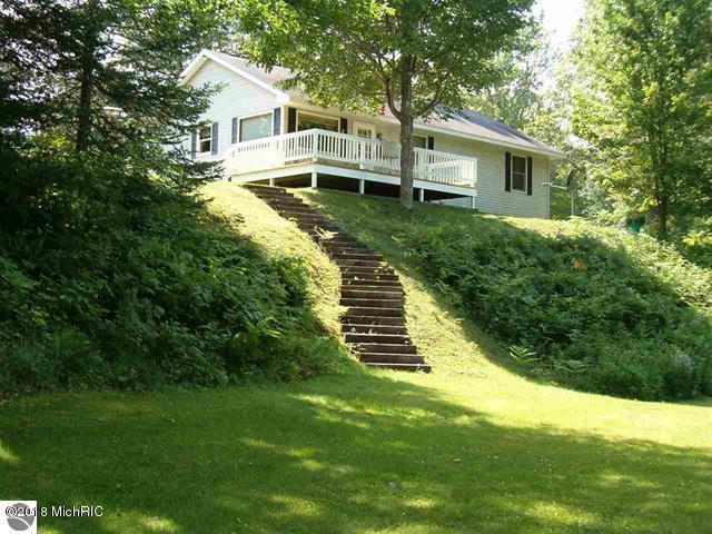 10366 N Cook Avenue, Marion, MI 49665 (MLS #18018590) :: Carlson Realtors & Development