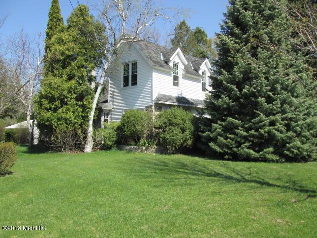 3573 N State Street, Hart, MI 49420 (MLS #18019373) :: Carlson Realtors & Development