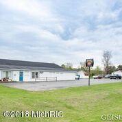 6215 Belding Road, Belding, MI 48809 (MLS #18020070) :: Deb Stevenson Group - Greenridge Realty